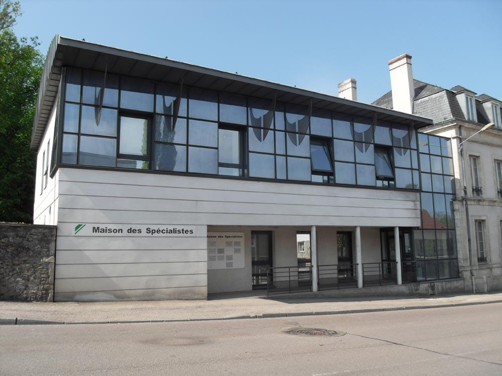 Maison des Spécialistes, groupement de médecins spécialistes, Avallon - ATRIA Architectes à Auxerre, Bourgogne